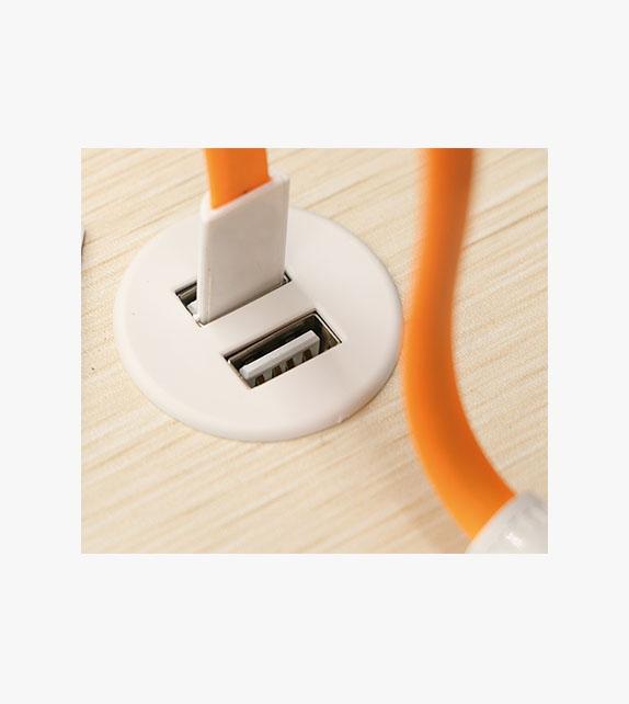 圓形桌上USB充電座