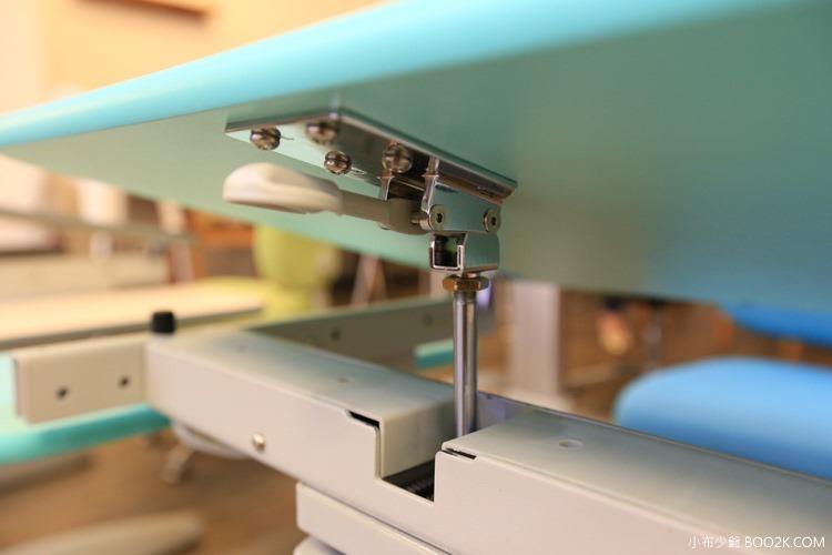 童樂可 成長型兒童人體工學桌