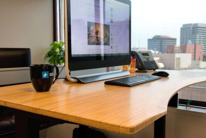 可升降桌子配弧形環保竹板
